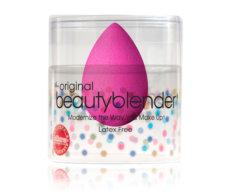 beauty blender l 39 ponge maquillage que vous allez adopter. Black Bedroom Furniture Sets. Home Design Ideas