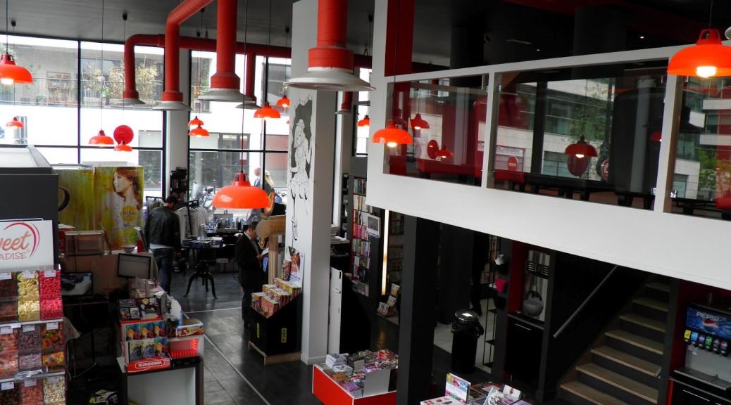 http://sixage.unblog.fr/2014/11/02/manga-cafe-par-sixage/