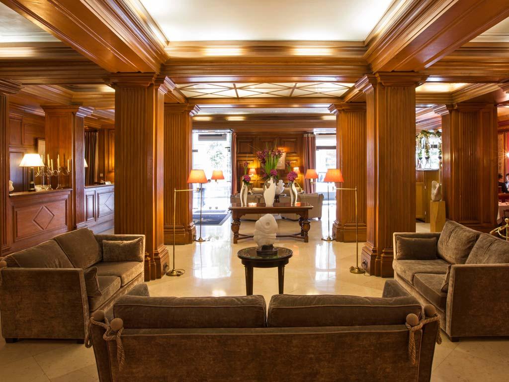 Qu'attendre d'un hôtel quatre étoiles ?