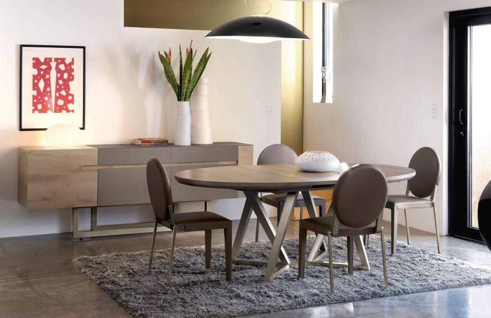 Captivating Comment Construire Une Table Personnalisée Pour Décorer Sa Salle à Manger ?