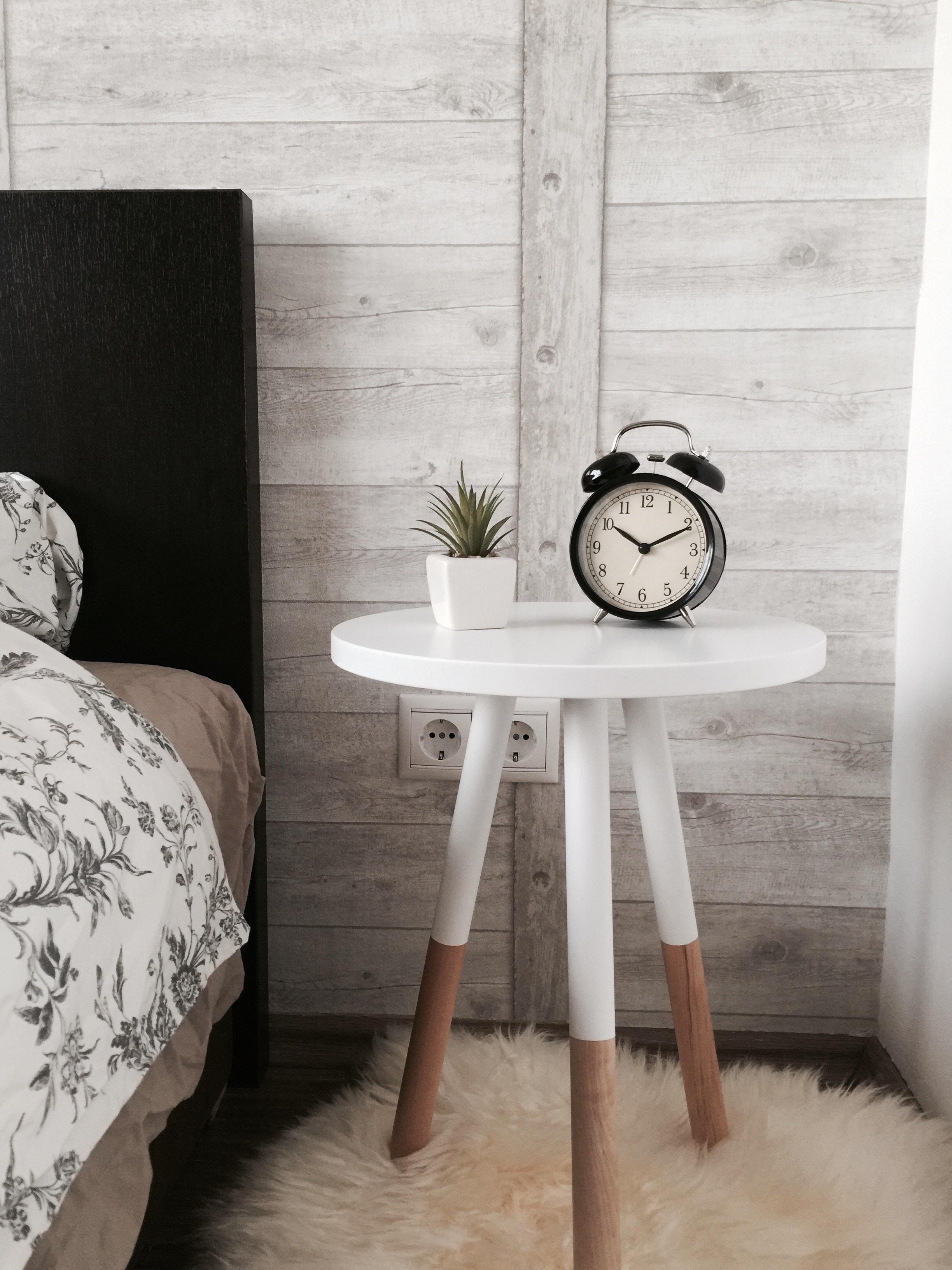meuble sur mesure en ligne et pourquoi pas choisir le bois. Black Bedroom Furniture Sets. Home Design Ideas